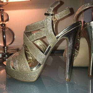 GUESS Gold Sparkle Metallic Strappy Heels